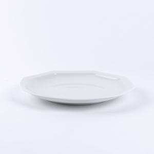 assiette octogonale en porcelaine blanche de limoges française. 24.5cm