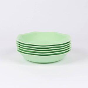 Pack de 6 assiettes creuses octogonales en porcelaine française.