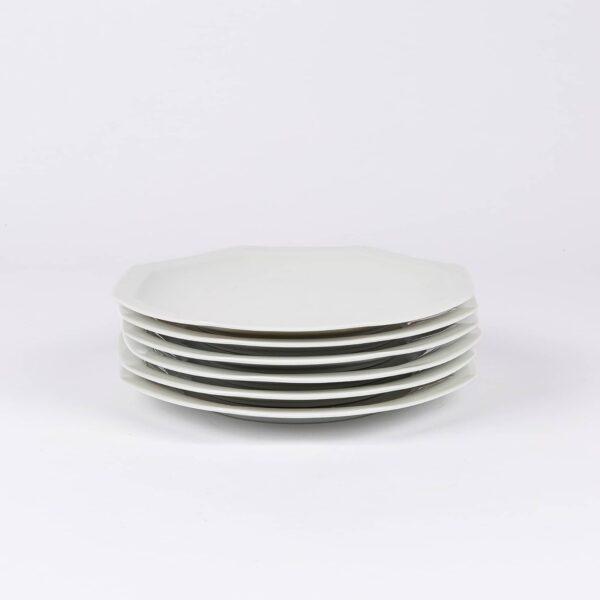 Pack de 6 assiettes octogonales en porcelaine française.
